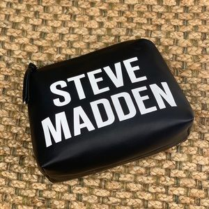 Steve Madden • Logo Top Zip Cosmetic Pouch